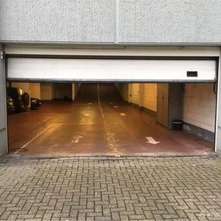 Parking à louer à Schaerbeek