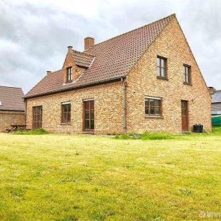 Villa te koop tot Zonnebeke