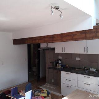 Appartement à louer à Saint-Servais