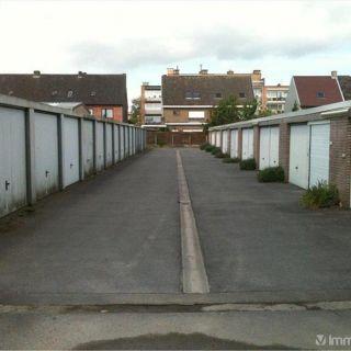 Garage à louer à Sint-Andries