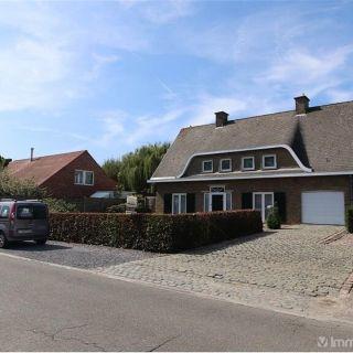 Villa à vendre à Houthulst