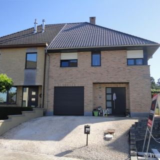 Huis te koop tot Denderhoutem