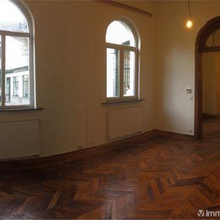 Appartement à louer à Fontaine-l'Évêque