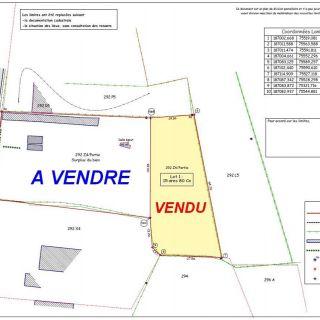 Terrain à bâtir à vendre à Rienne
