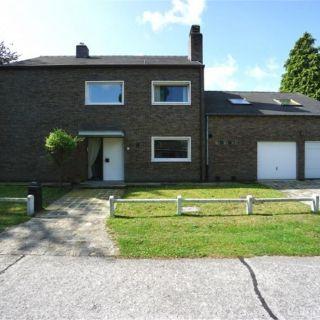 Villa à vendre à Sint-Denijs-Westrem
