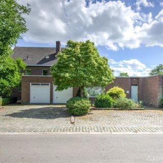 Villa à vendre à Deurle