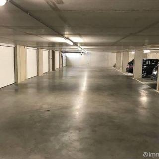 Garage à vendre à Saint-Trond