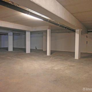 Garage à louer à Ruddervoorde