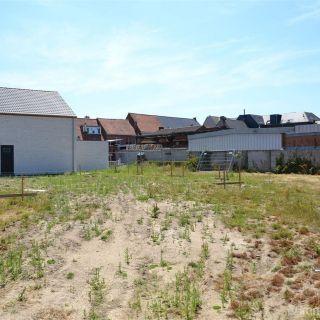 Terrain à bâtir à vendre à Oostnieuwkerke