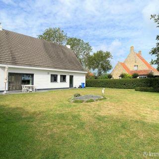 Villa te koop tot Oostkerke