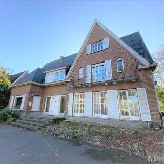Villa à vendre à Sint-Eloois-Vijve