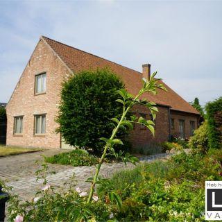 Huis te koop tot Onze-Lieve-Vrouw-Lombeek