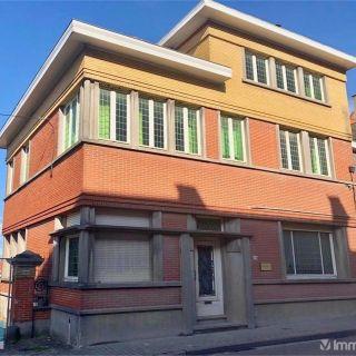 Maison de maître à vendre à Renaix