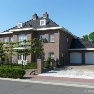 Villa te koop tot Neerpelt