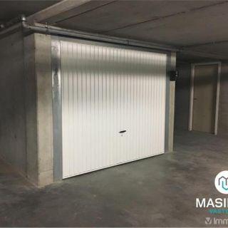 Garage à vendre à Gistel