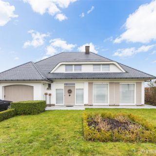 Villa à vendre à Kortemark