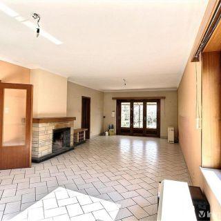 Villa te koop tot Montigny-le-Tilleul