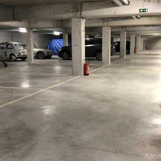 Parking à vendre à Waterloo