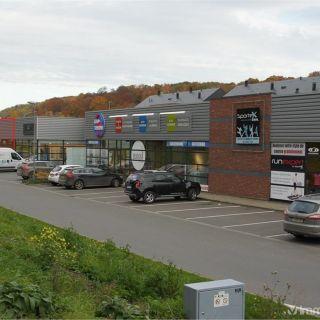 Surface commerciale à vendre à Rochefort