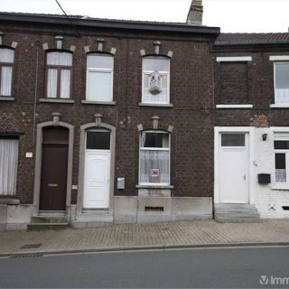 Maison à vendre à Gilly