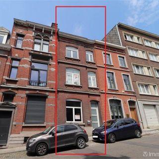Maison de maître à vendre à Charleroi