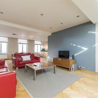Appartement te huur tot Sint-Gillis