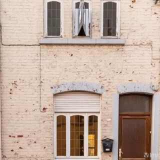 Huis te koop tot Auvelais