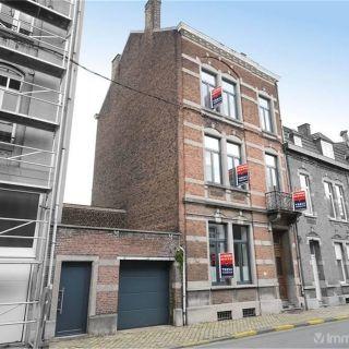 Maison de maître à vendre à Huy