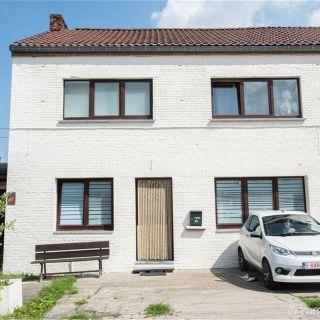 Huis te koop tot Velaine