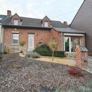 Maison à vendre à Sars-la-Bruyère