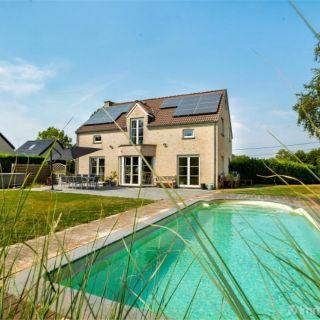 Huis te koop tot Énines
