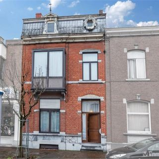 Huis te koop tot La Louvière