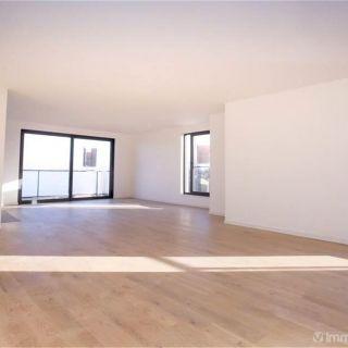 Penthouse te koop tot Evere