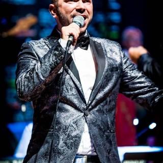 Le crooner Leo Rizzuto et ses musiciens en concert le 23 juin �� l���H��tel de Ville