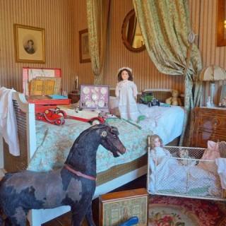 Des jouets, un d��ner Belle-Epoqueet du cirque au Ch��teau