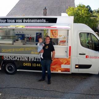 Un food truck flambant neuf pour Sensation Frites