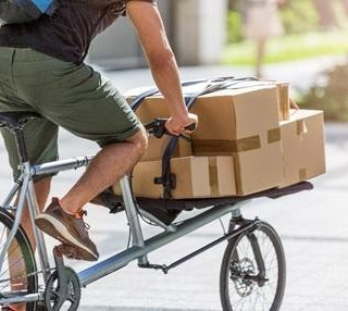 Des coursiers à vélo pour l'administration