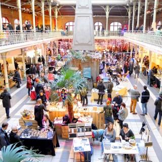 Marché de Noël design et gospel aux halles Saint-Géry