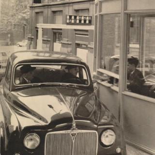Quand Bruxelles se dotait de la première banque drive-in d'Europe