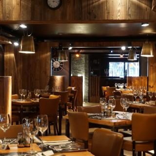 12 - 16 Restaurant