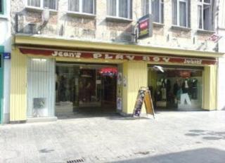 Play Boy Jean's