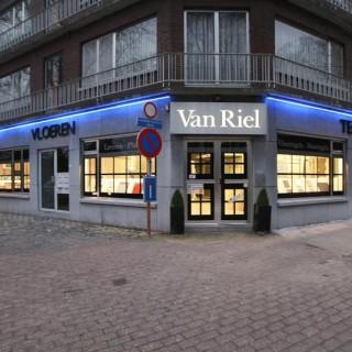 Van Riel Tegelbedrijf